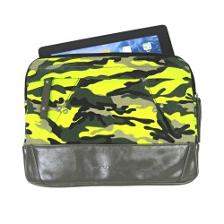 LICENCE 71195 Chameleon Tablet Case, Camo Yellow